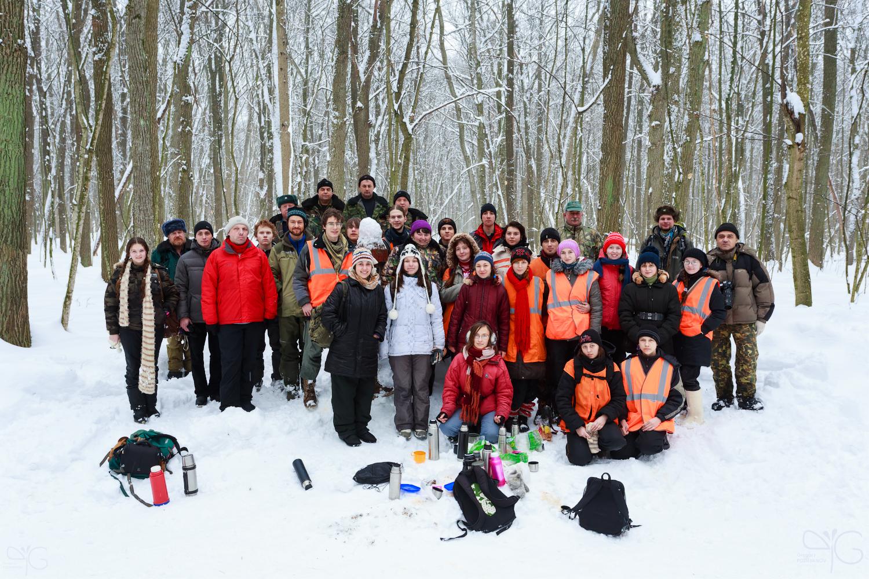 Команда волонтёров и сотрудников заповедника на учётах копытных в Лесу на Ворскле в 2013 г.