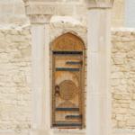 Руины Соборной мечети. Дверь!