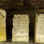 Надгробные плиты, собранные на территории древнего Болгара и размещённые в Северном мавзолее