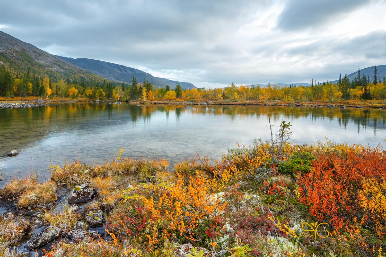 Золотая осень, Полигональные озёра