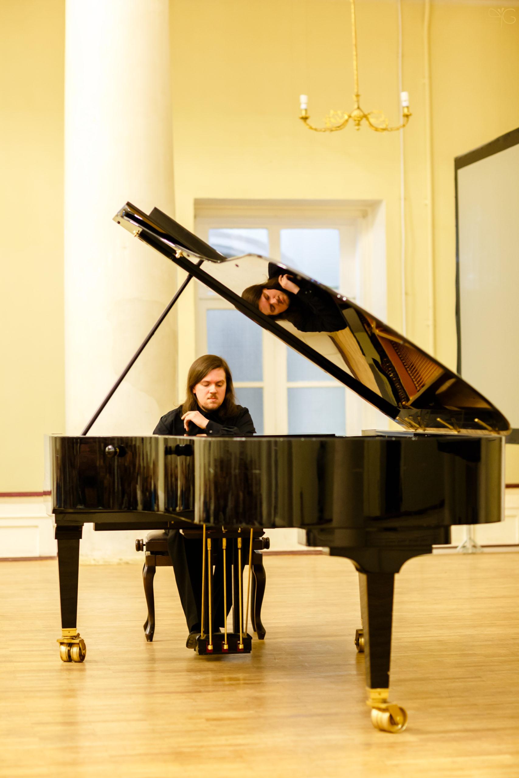 Концерт Александра Чаплинского в СПбГУ 19 февраля 2015
