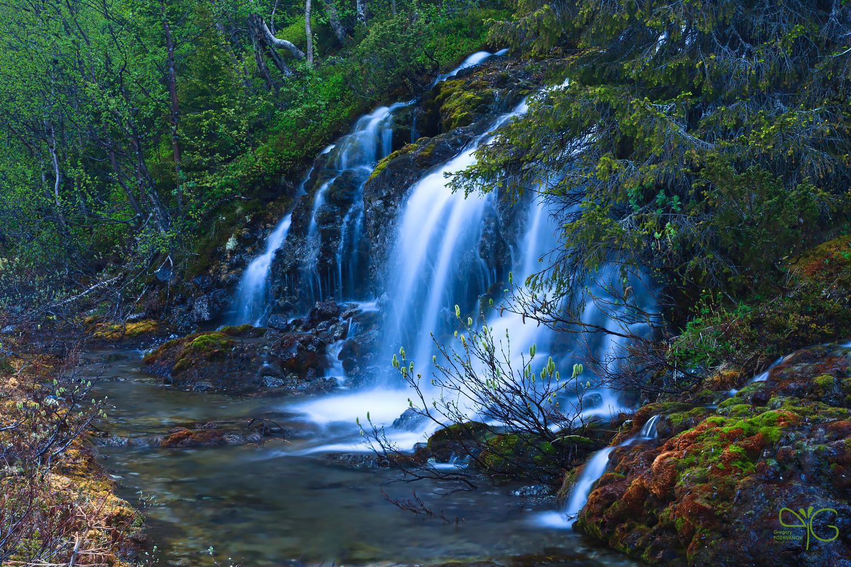 Водопад Вуомменкуческеунес