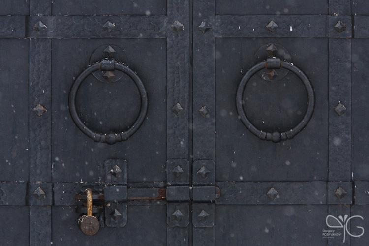 Фрагменты оформления церкви Покрова на Нерли – двери