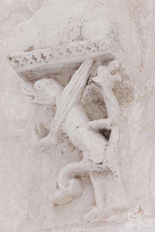 Фрагменты оформления церкви Покрова на Нерли