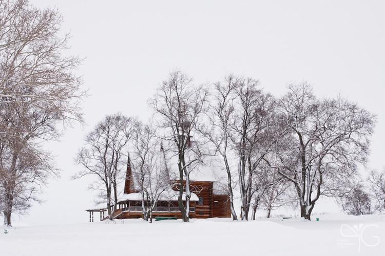 Деревянная церковь - памятник русского зодчества, рядом с Суздальским кремлём
